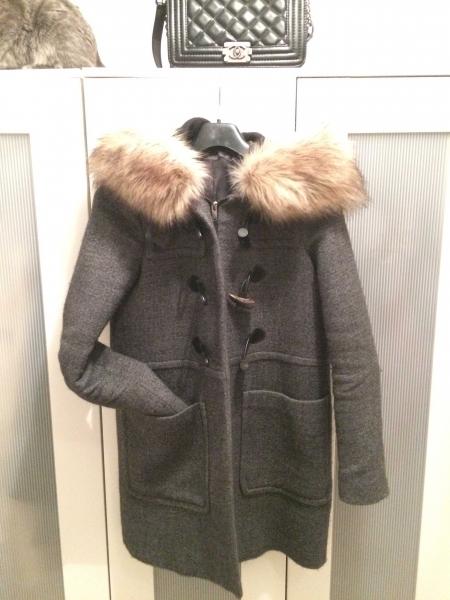 Mantel mit fellkapuze zara
