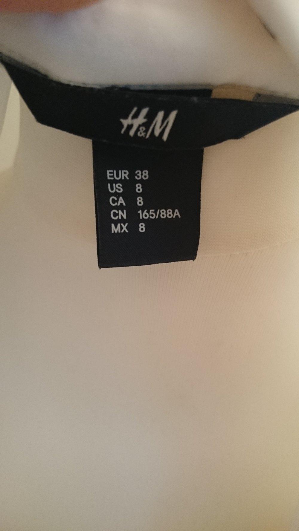 c1e899924d8aa7 H&M Bluse weiß mit Diamanten H&M Bluse weiß mit Diamanten ...