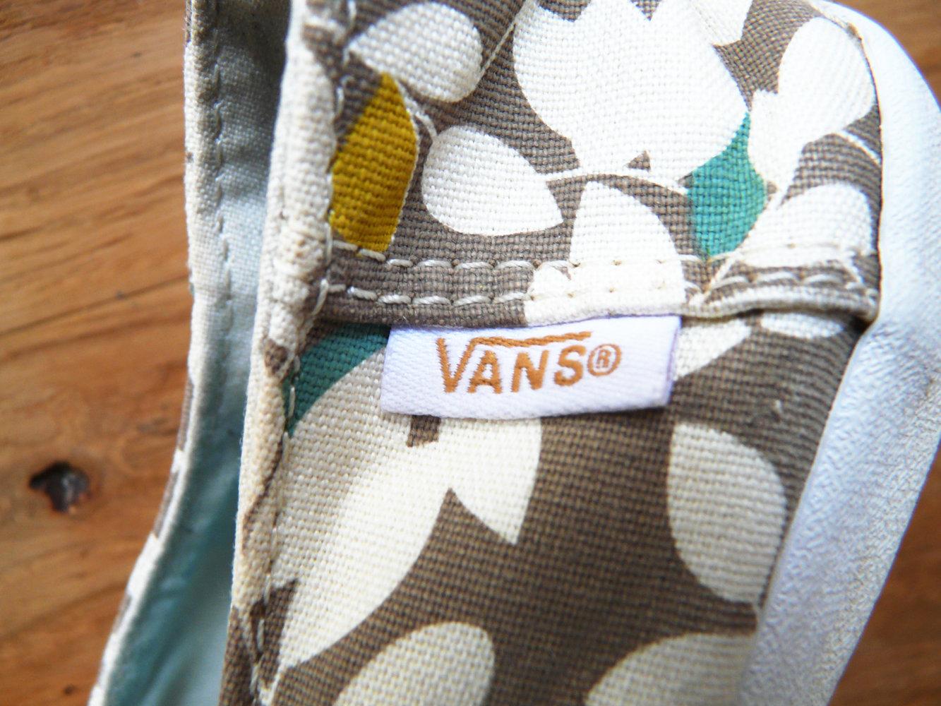 VANS SURF mit Leaves Print