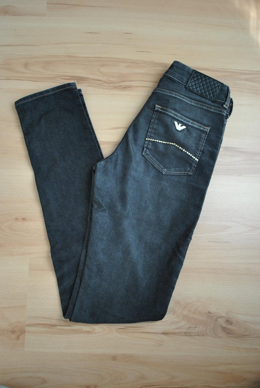 7892e256b1a1d Armani Jeans Slim Fit Gr. 27   kaum getragen      Kleiderkorb.at