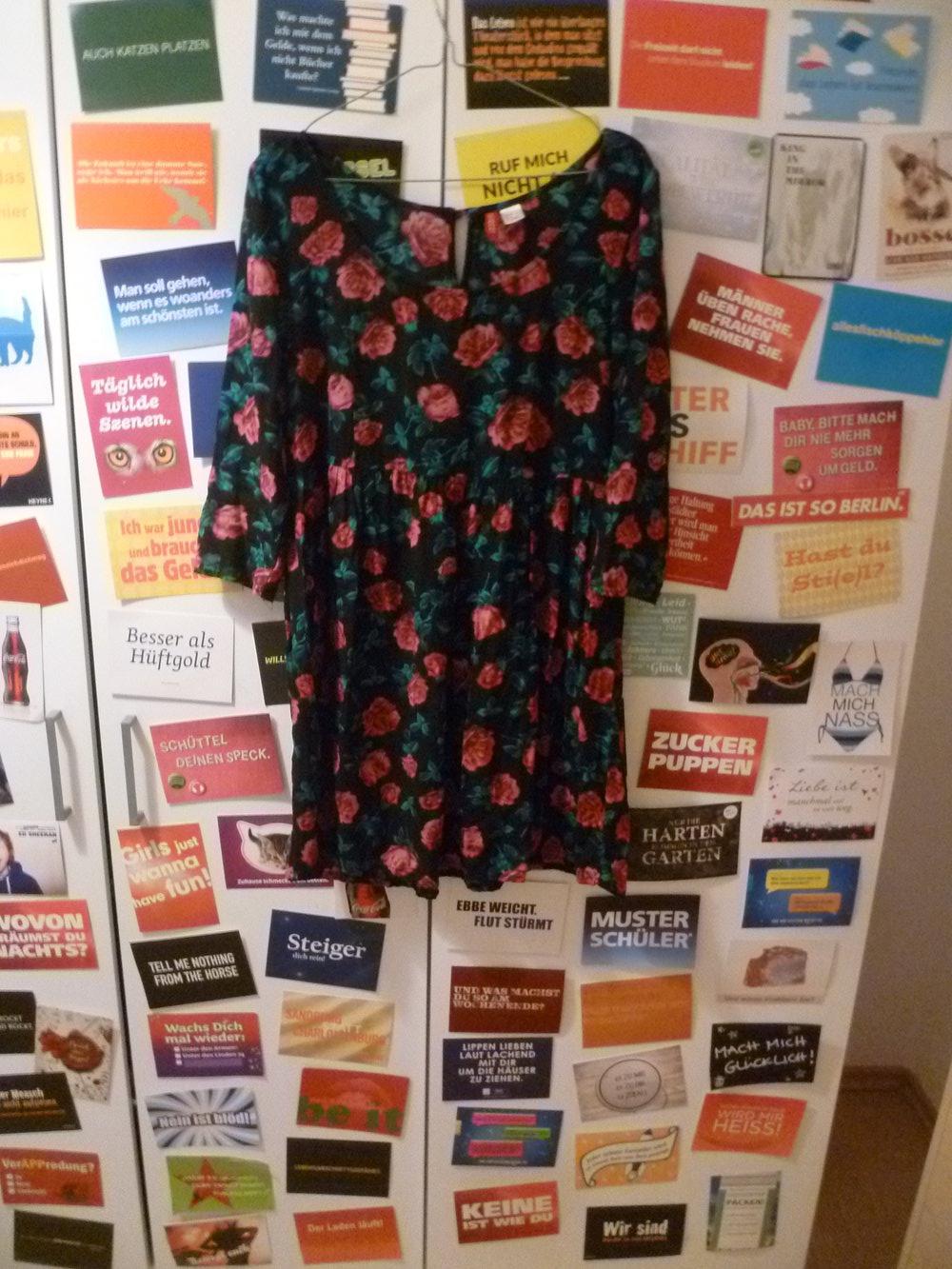 Kleid mit Rosen von H&M, Floral, Vintage, Boho :: Kleiderkorb.at