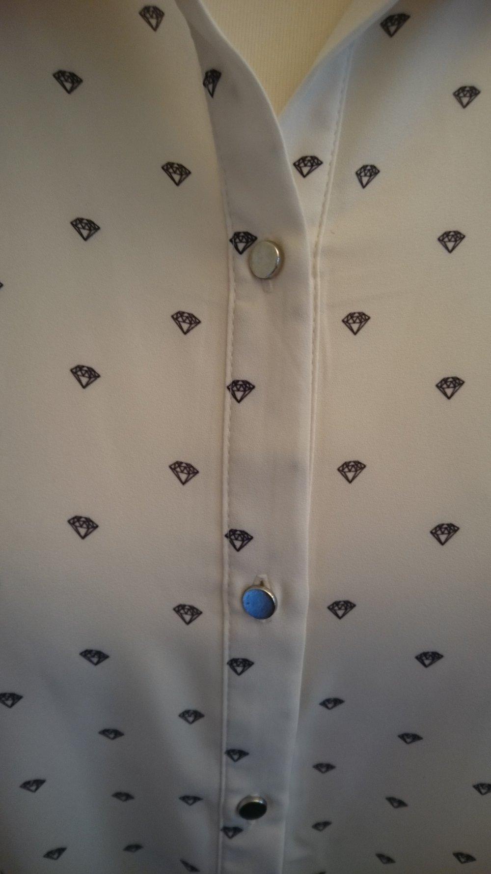 00c56fa7803293 H&M Bluse weiß mit Diamanten :: Kleiderkorb.at