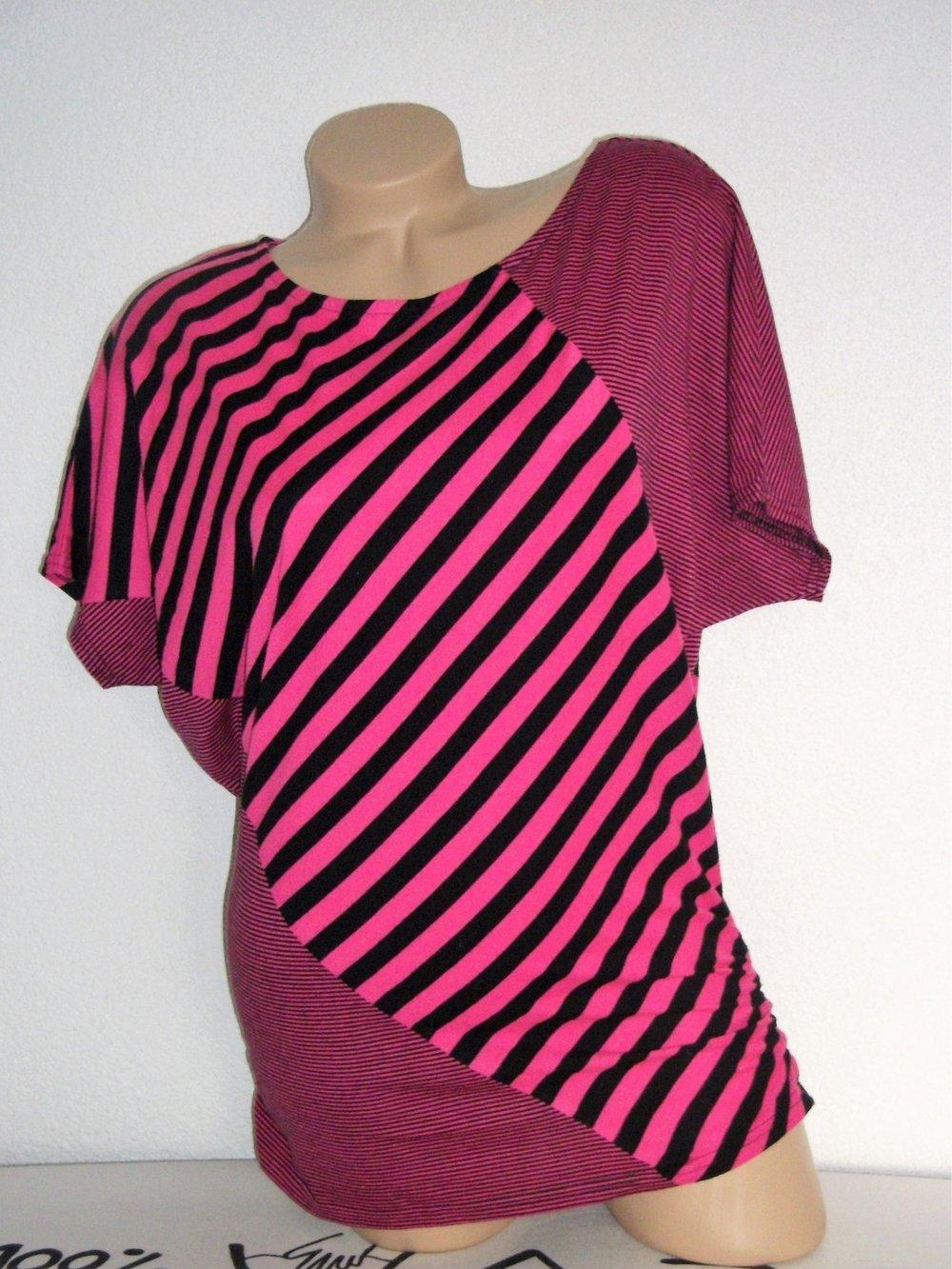 a1542374ea5a1d Fishbone - Gestreiftes Longshirt Pink Schwarz    Kleiderkorb.at