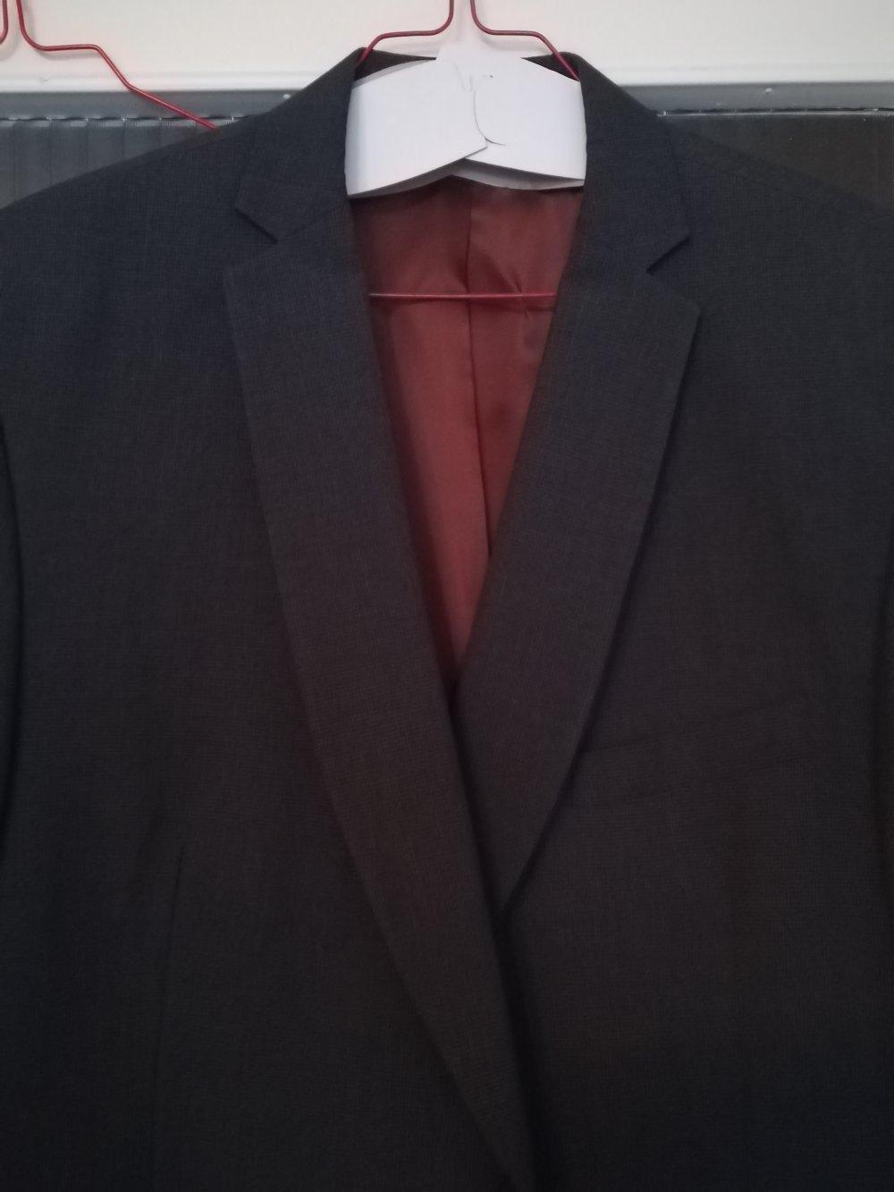low priced 625cf d90e6 Toller grauer Anzug von Angelo Litrico Gr. 56
