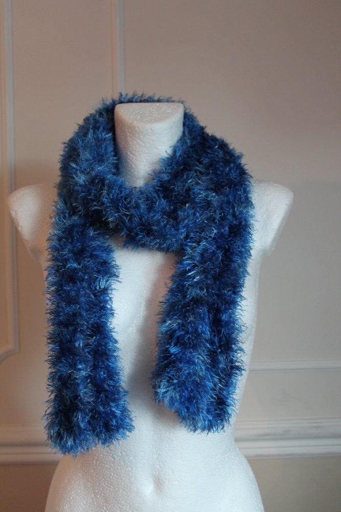 18299025808368 blauer flauschiger Schal blauer flauschiger Schal blauer flauschiger Schal .