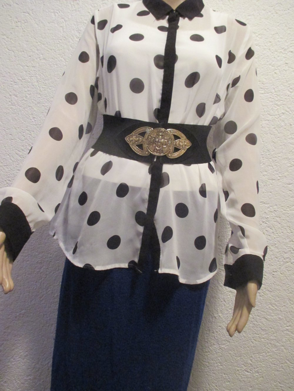 28040dd248322e ... NEU DESIGNER Punkte Polka Dots Seiden Chiffon Langarm Hemd Bluse Grösse  40- 42 M schwarz .