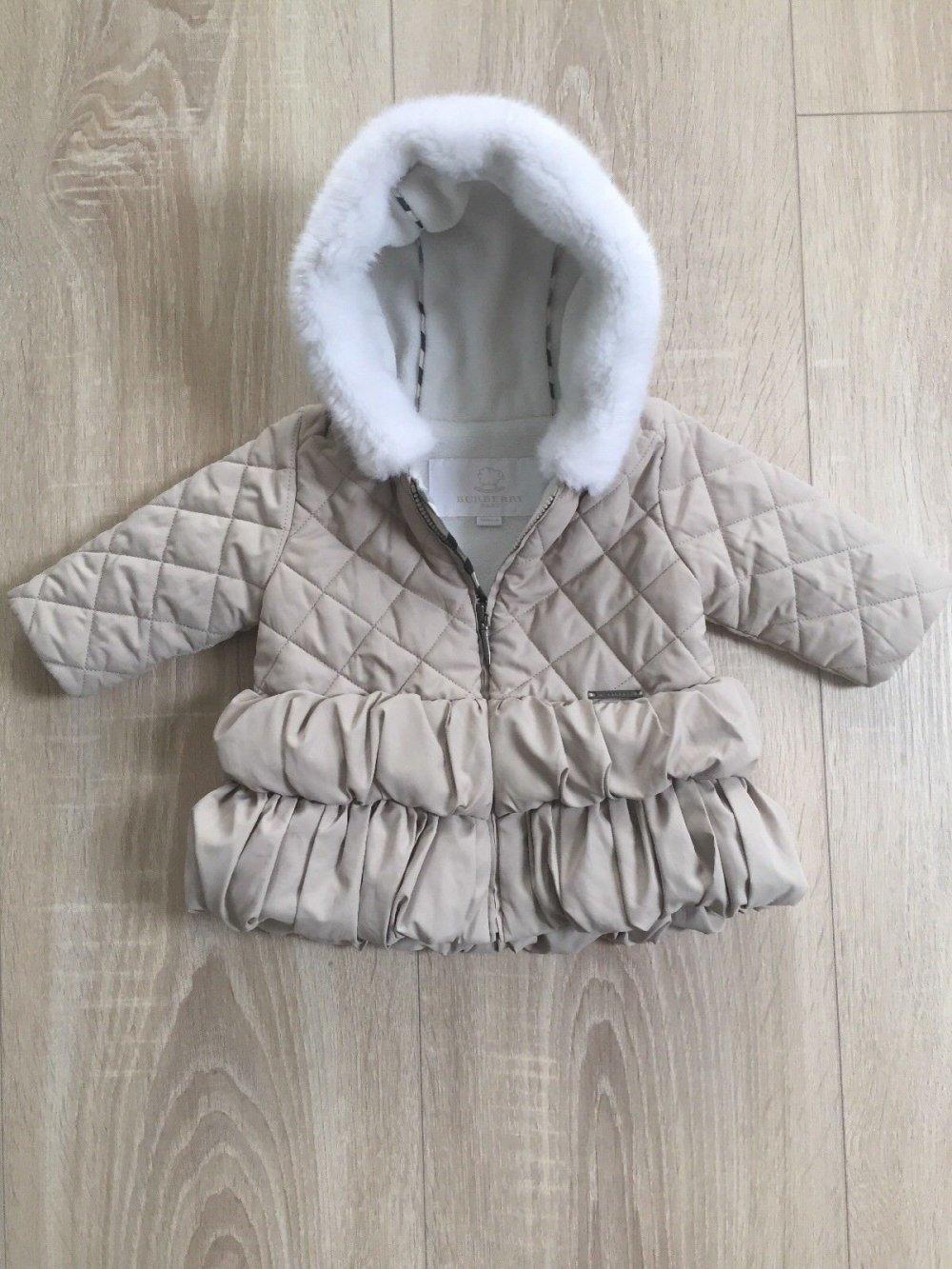 bieten Rabatte ziemlich billig Genieße den reduzierten Preis Wunderschöne Jacke Burberry Baby Jacke 62