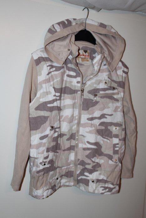 Camouflage Jacke abnehmbare Ärmel Gr. M