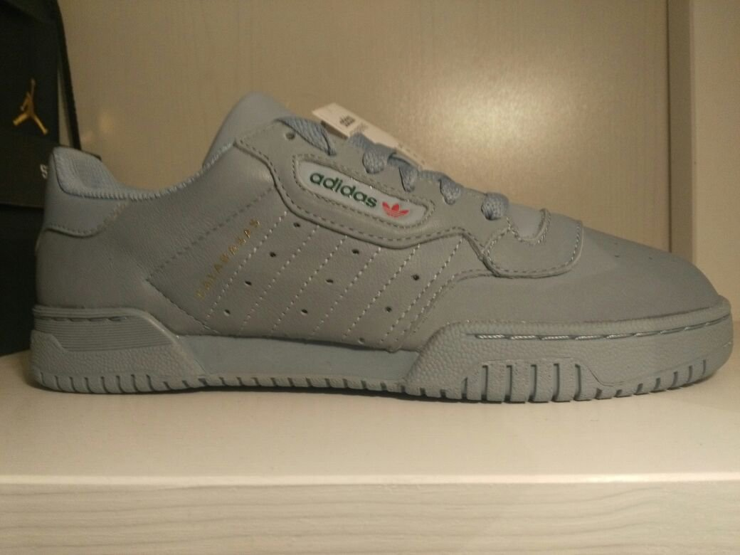 40 Boost Adidas Grau Grey at Kleiderkorb Calabasas Yeezy Powerphase OnqITSS