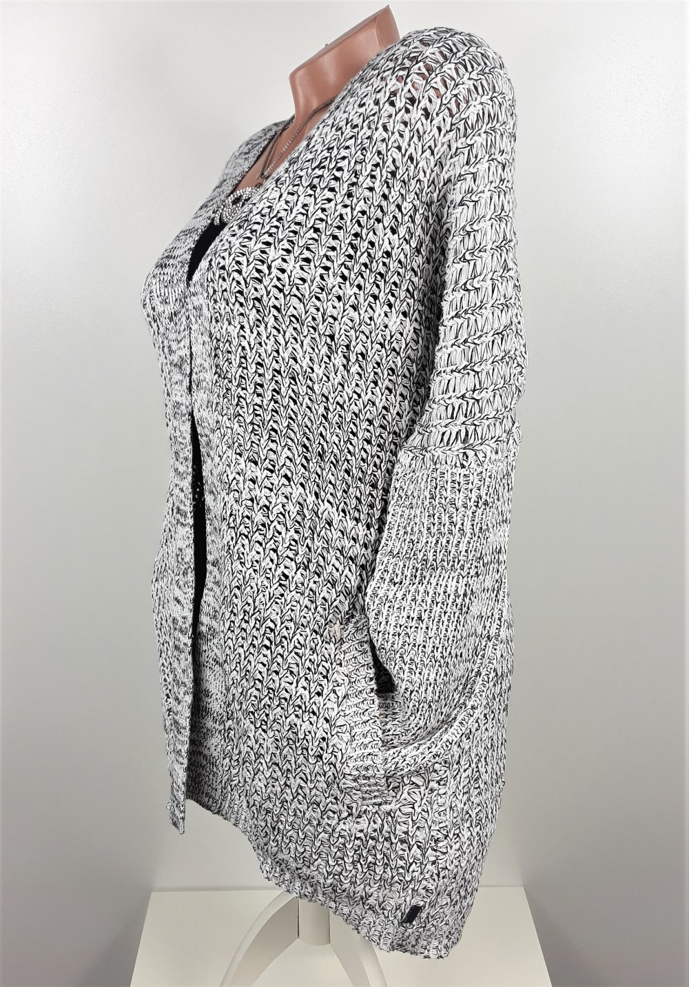 8a8b69b9daa2a7 Strickjacke Cardigan Grobstrick Jacke Oversize grau meliert Größe 40 42 ...