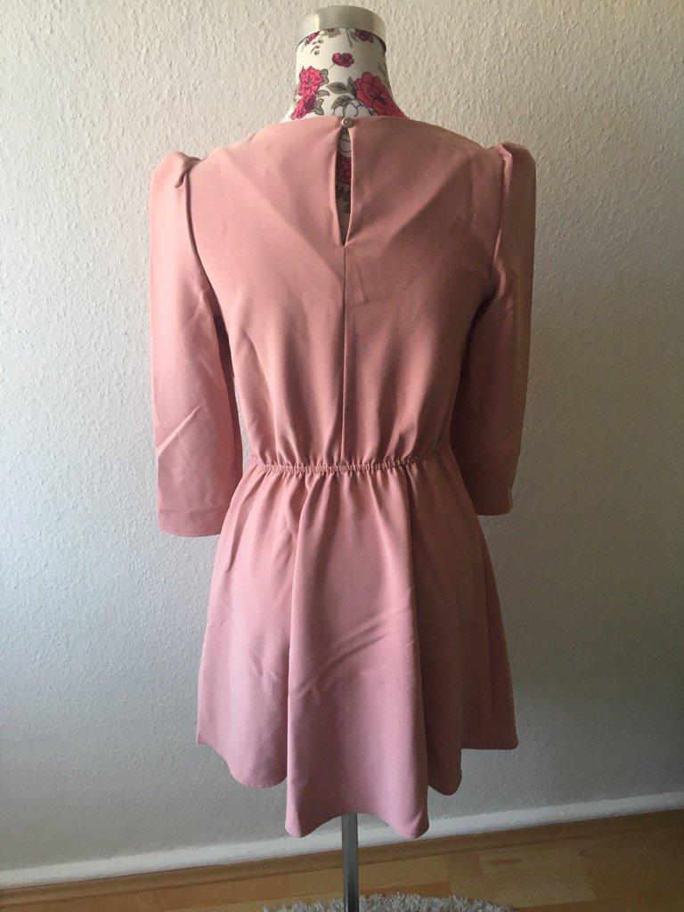 28+ Reserved Kleid Punkte Porträts - Mode Fashion Ideas