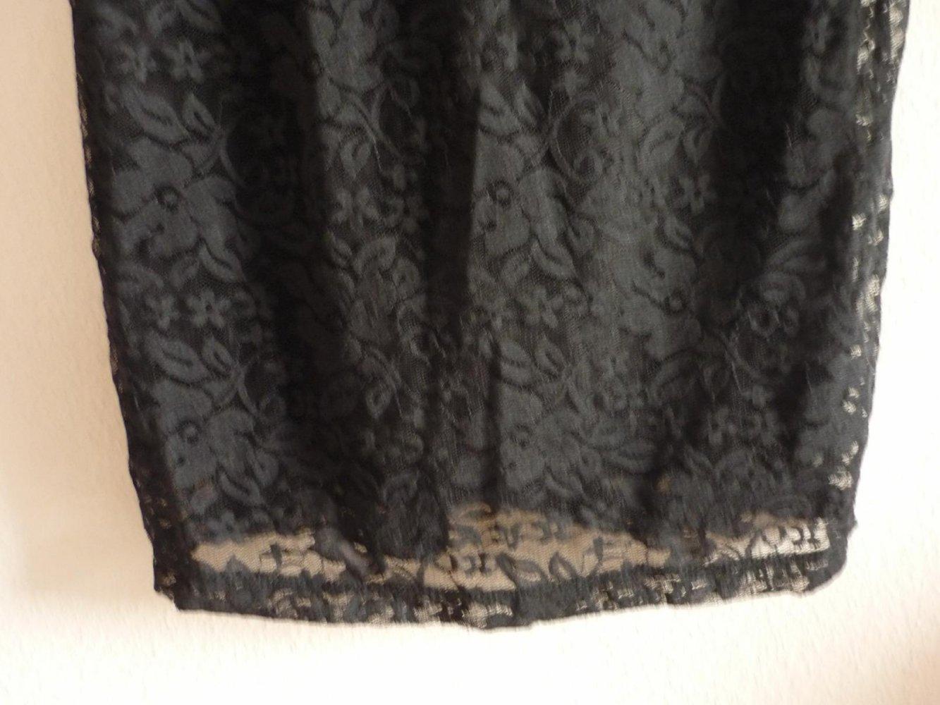 Terranova - Kleid - schwarz - viel Spitze - eng anliegend ...